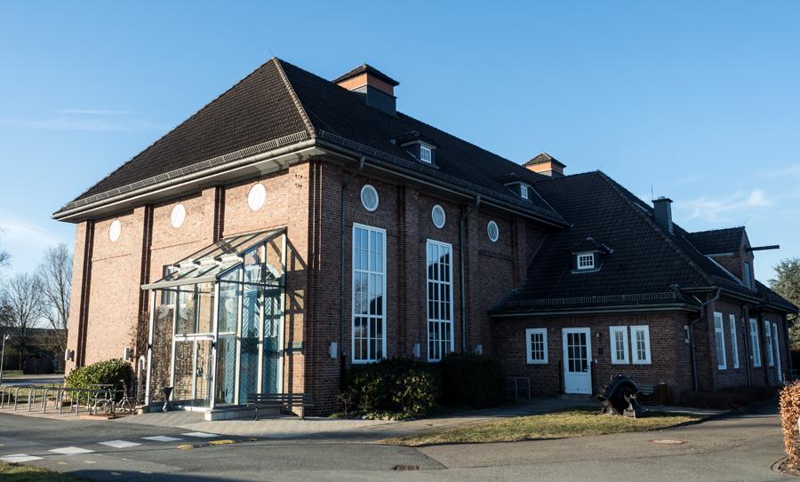 Das Gebäude von 1915 steht heute unter Denkmalschutz.