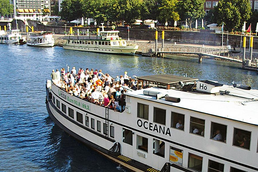Mit der Oceana geht's auf Tour, Foto: Hal över