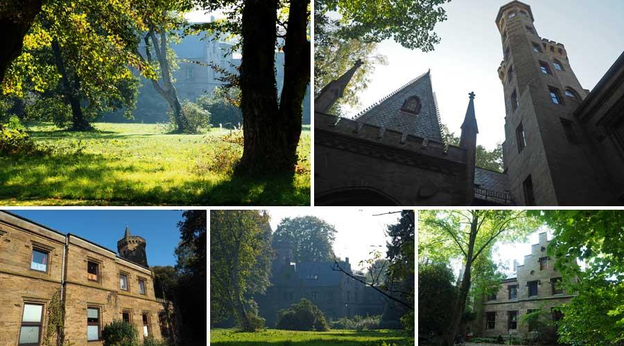 Der Architekt Heinrich Müller baute das Schloss im Stil englischer Tudorgotik. Er war gewissermaßen Haus- und Hofarchitekt der Familie Wätjen und baute u.a. sogar das Familiengrab auf dem Riensberger Friedhof.