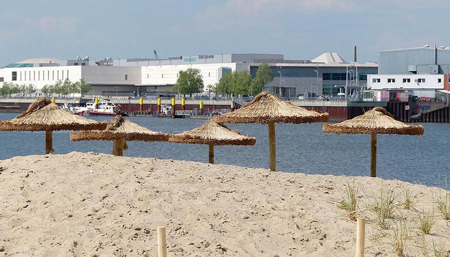 Erst in der Waterfront shoppen, dann am Strand chillen - oder umgekehrt?