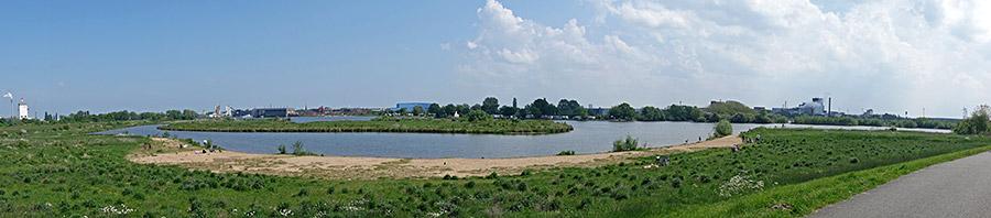 Uferaue in Habenhausen, inoffizielle Badestelle an der Weser