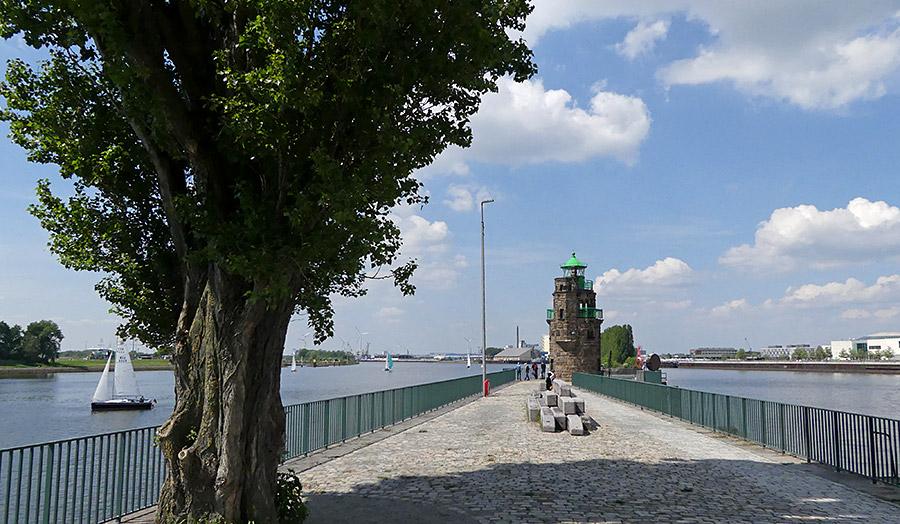 Molenturm zwischen Weser und Wendebecken