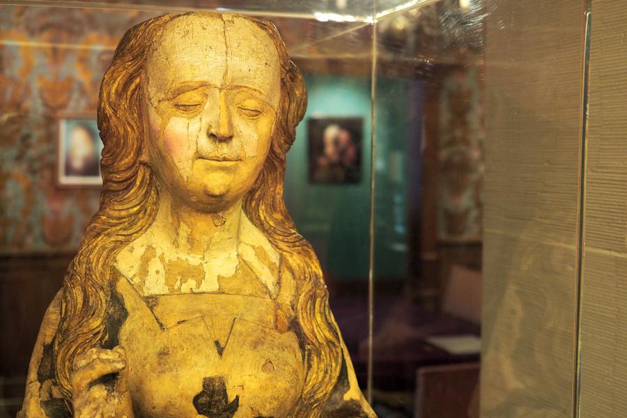 500 Jahre alt und noch immer am Lächeln: die Reliquienbüste ist aus Lindenholz und wahrscheinlich zwischen 1510 und 1520 entstanden.